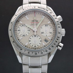 Omega Speedmaster Day Date 323.10.40.40.02.001 Chronograph 40mm Auto
